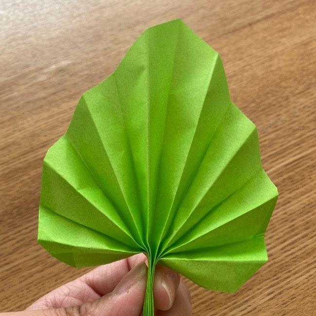 トトロ 葉っぱの傘の折り紙*折り方作り方15