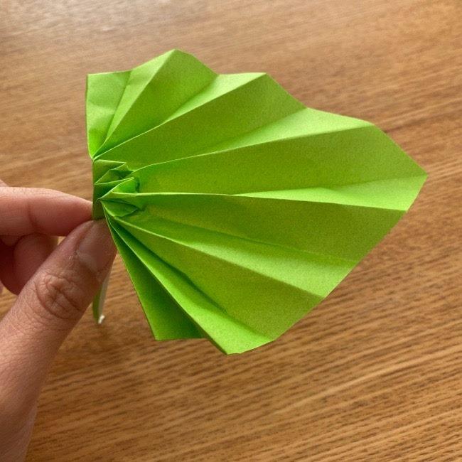 トトロ 葉っぱの傘の折り紙*折り方作り方19