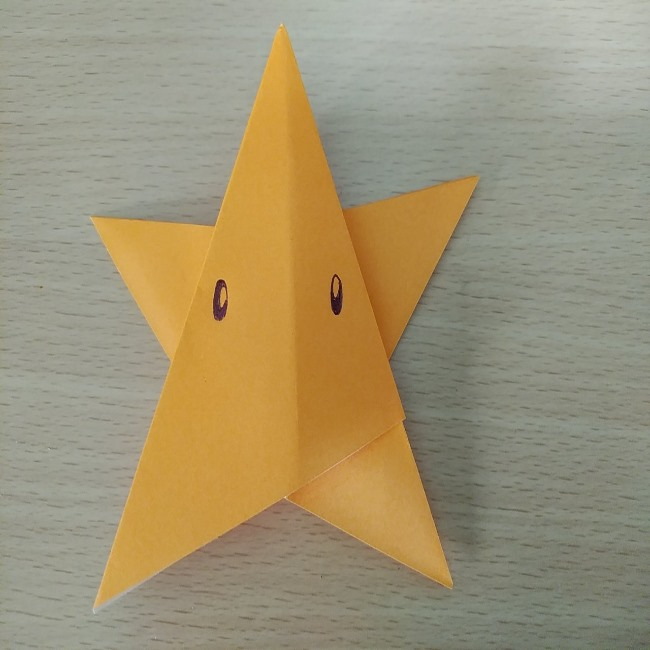 マリオのスーパースターを折り紙で簡単に!アイテムの折り方作り方を画像付き解説♪