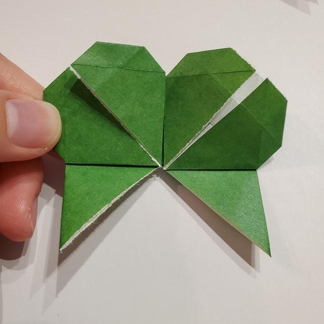 折り紙のクローバー(4枚ver折り方・作り方2四葉へ (2)