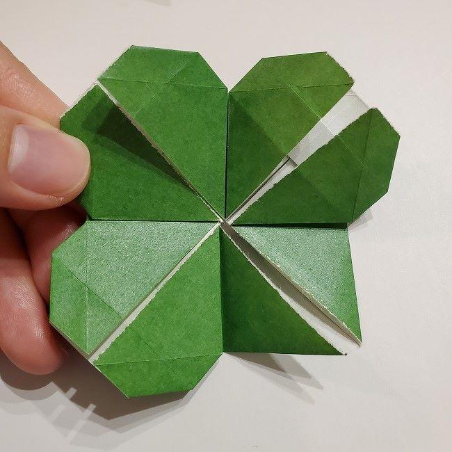 折り紙のクローバー(4枚ver折り方・作り方2四葉へ (3)