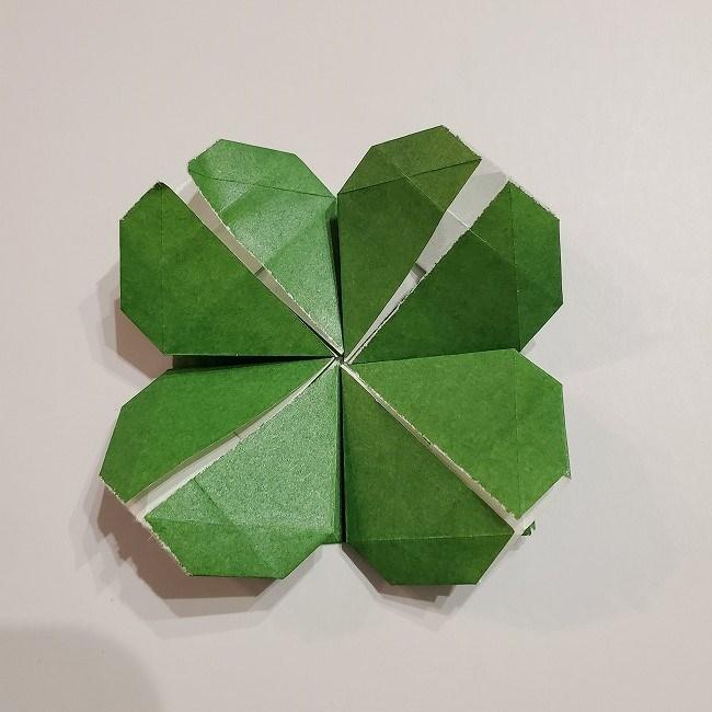 折り紙のクローバー(4枚ver折り方・作り方2四葉へ (4)