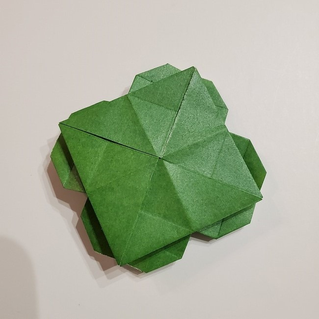 折り紙のクローバー(4枚ver折り方・作り方2四葉へ (5)