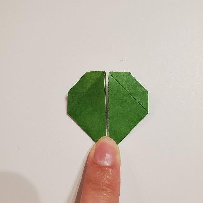 折り紙のクローバー(4枚ver)*折り方・作り方1葉っぱ (23)