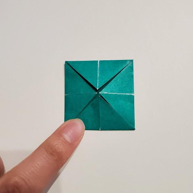 折り紙の菜の花のリースの作り方1パーツ (7)