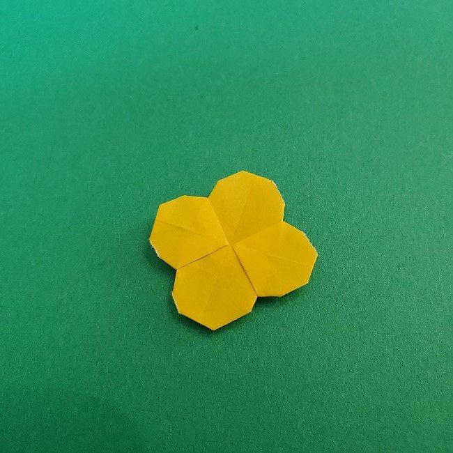 折り紙 菜の花(立体)の折り方作り方1花 (24)
