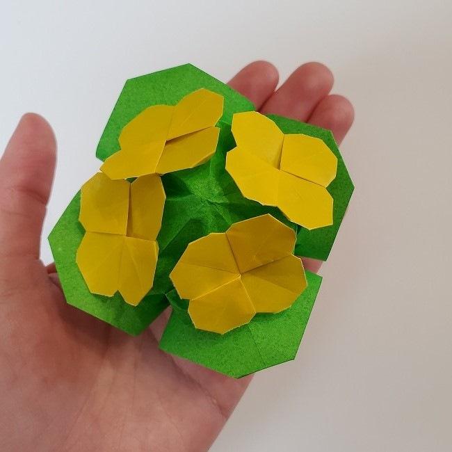 菜の花の折り紙は立体的でかわいい!春らしく簡単手作り♪