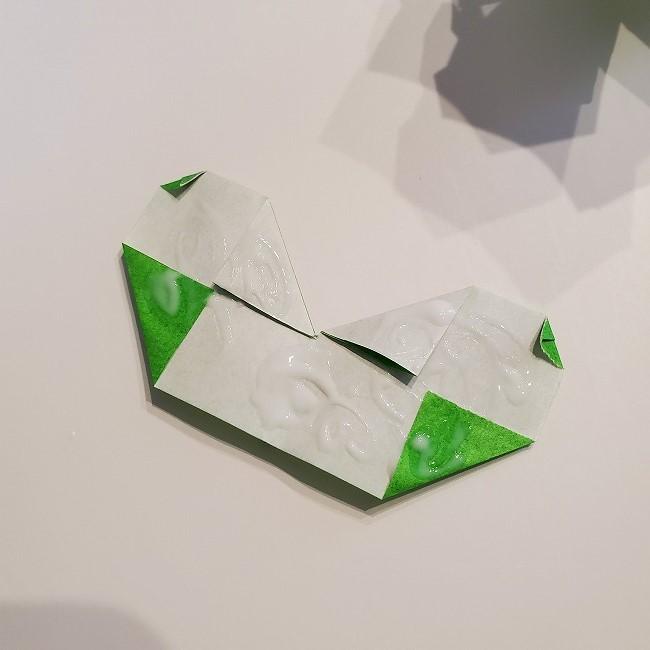 菜の花の折り紙 葉っぱと茎の作り方・折り方3完成 (4)