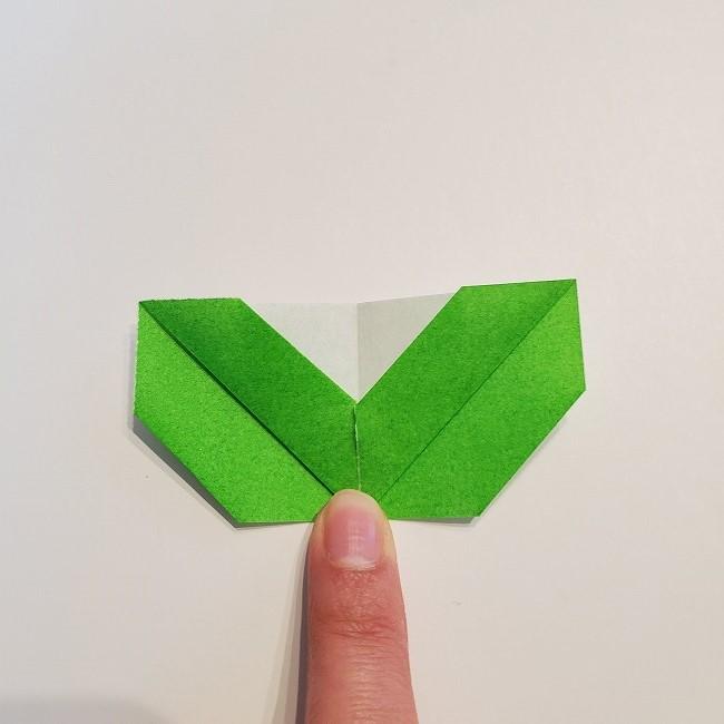 菜の花の折り紙 葉っぱの作り方・折り方 (14)
