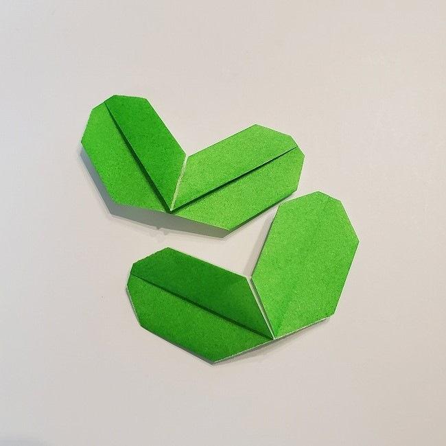 菜の花の折り紙 葉っぱの作り方・折り方 (19)