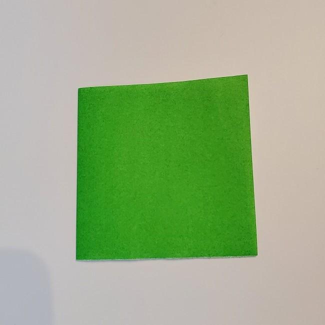 菜の花の折り紙 葉っぱの作り方・折り方 (2)