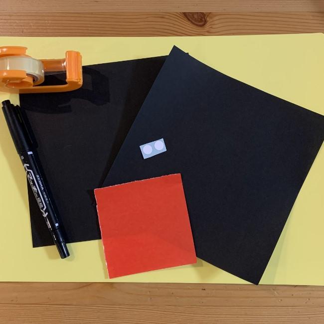 黒猫ジジの折り紙*用意するもの