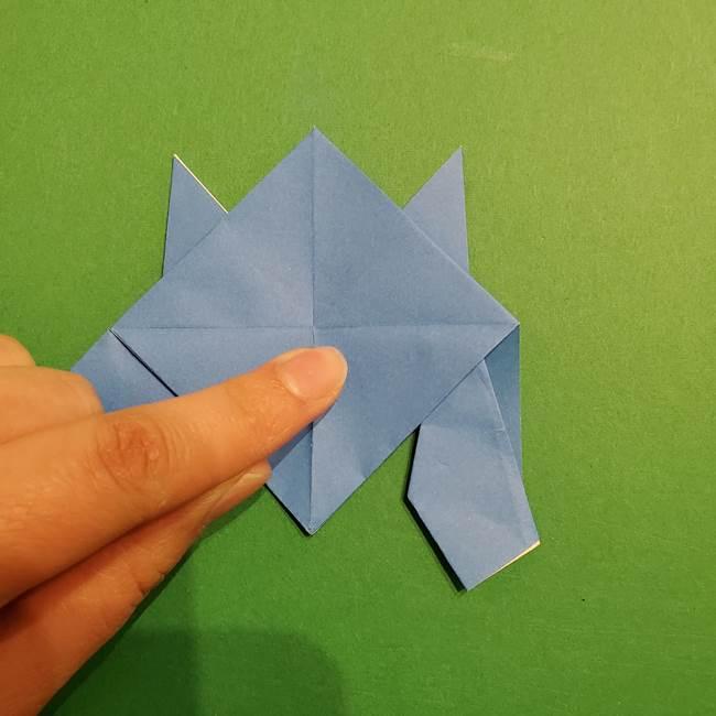 ポケモンの折り紙 リオルの折り方作り方(26)
