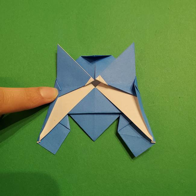 ポケモンの折り紙 リオルの折り方作り方(30)