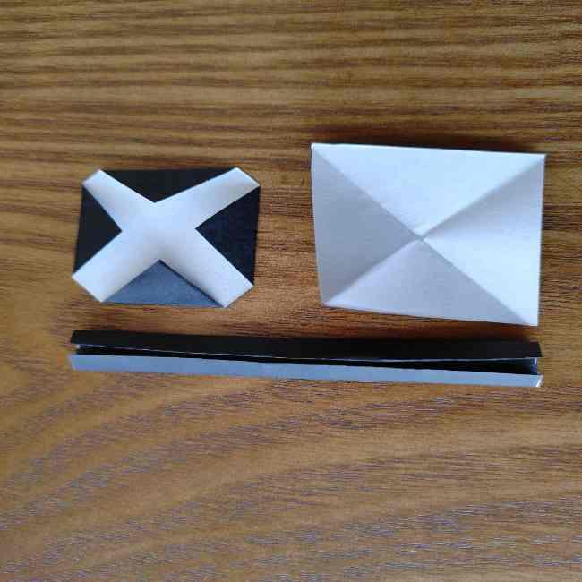 ミニオン 折り紙のメダルの作り方・折り方 (16)