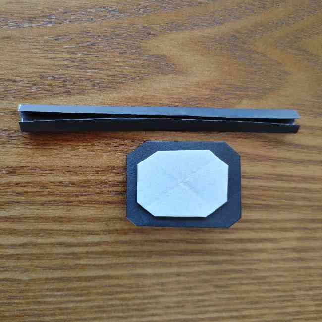 ミニオン 折り紙のメダルの作り方・折り方 (19)