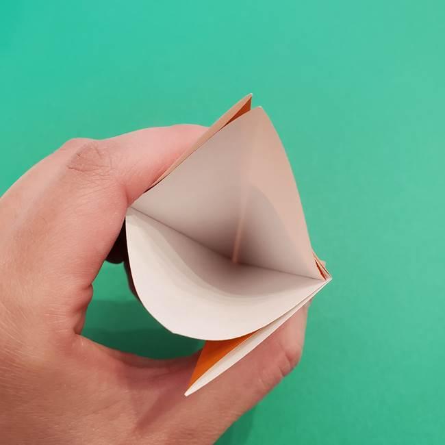 折り紙のアイスクリームコーン 立体的な折り方作り方1(11)