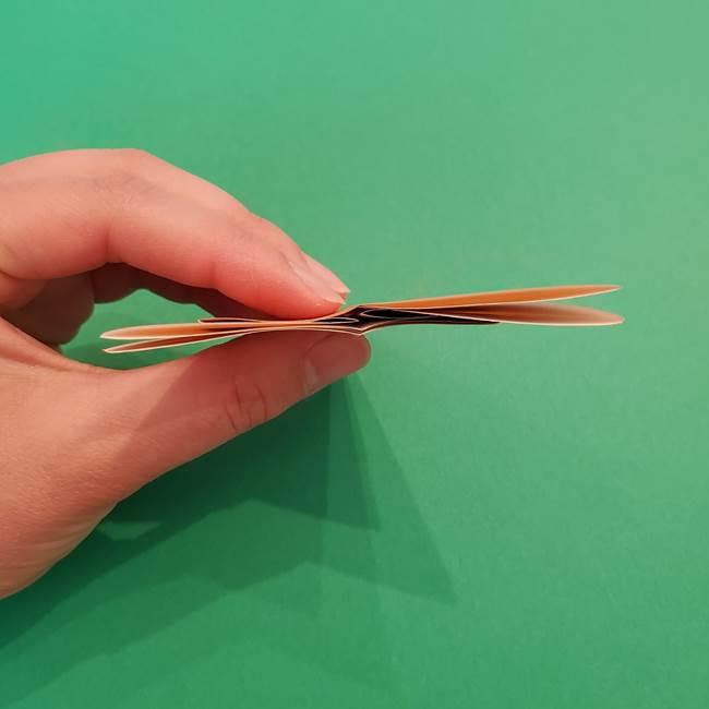 折り紙のアイスクリームコーン 立体的な折り方作り方1(13)