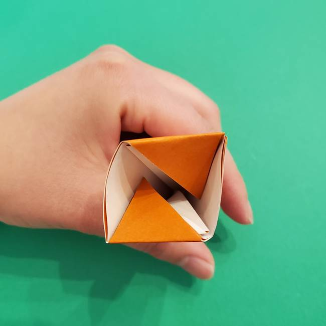 折り紙のアイスクリームコーン 立体的な折り方作り方1(18)