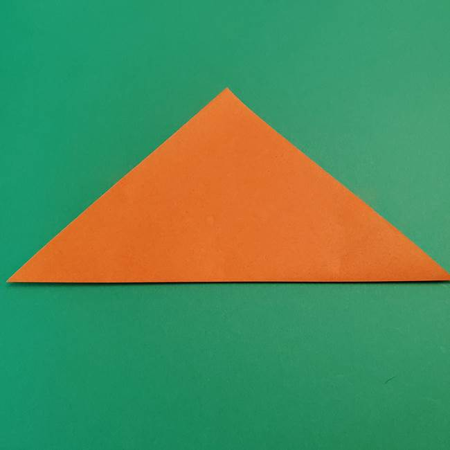 折り紙のアイスクリームコーン 立体的な折り方作り方1(2)