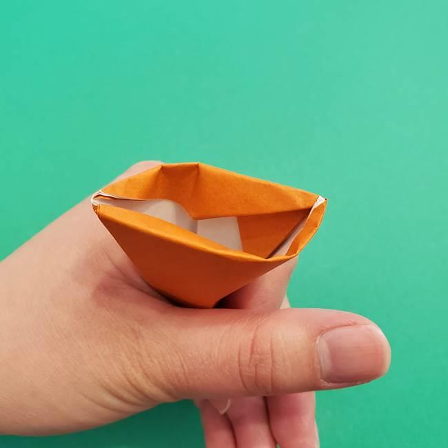 折り紙のアイスクリームコーン 立体的な折り方作り方1(23)