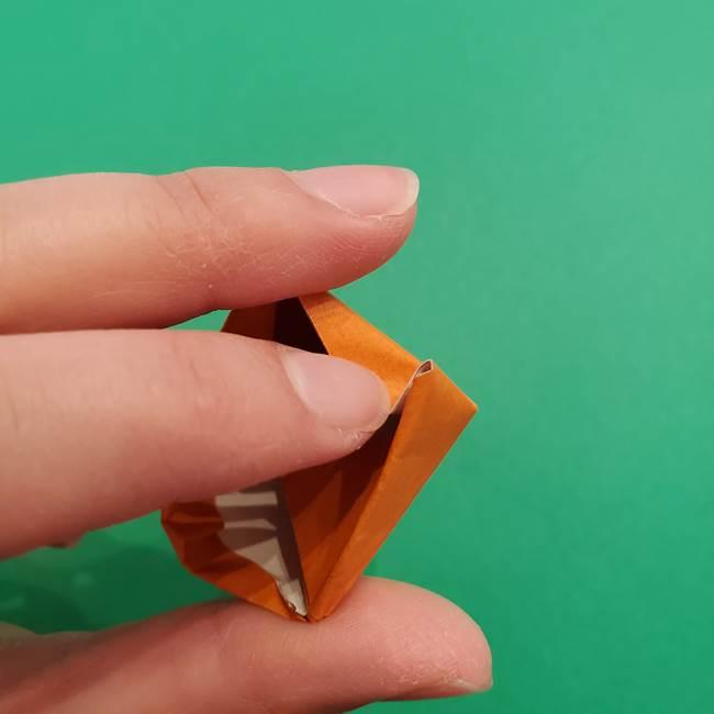 折り紙のアイスクリームコーン 立体的な折り方作り方1(25)