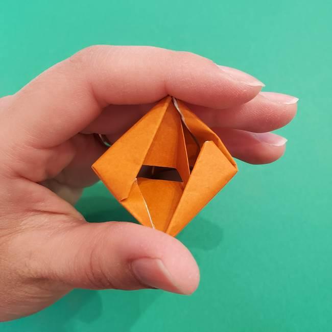 折り紙のアイスクリームコーン 立体的な折り方作り方1(27)