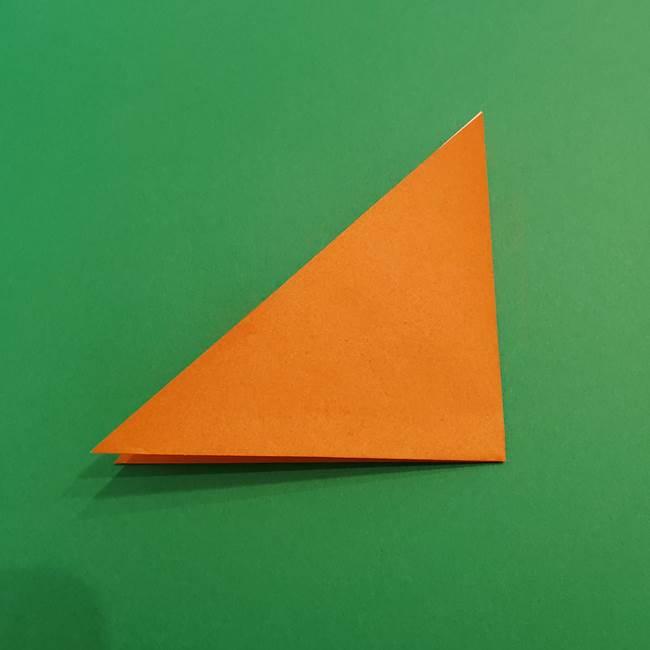 折り紙のアイスクリームコーン 立体的な折り方作り方1(3)