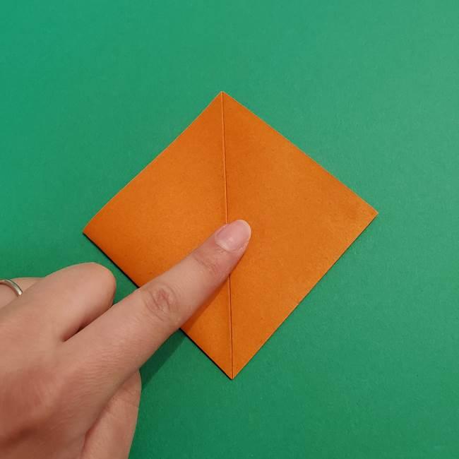 折り紙のアイスクリームコーン 立体的な折り方作り方1(7)