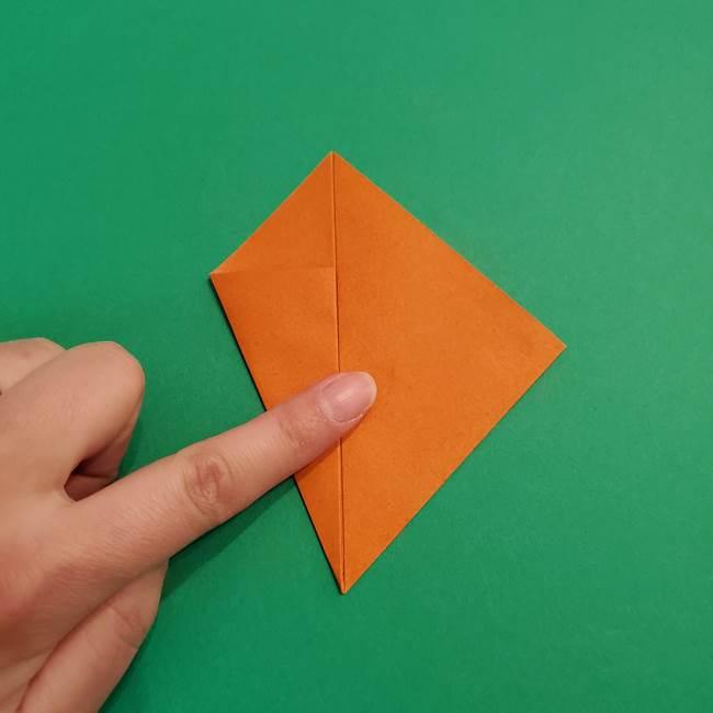 折り紙のアイスクリームコーン 立体的な折り方作り方1(8)