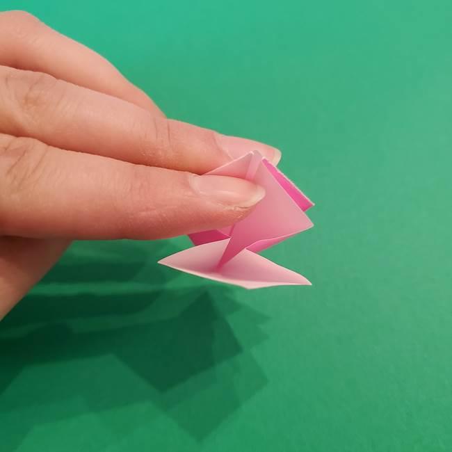 折り紙のアイスクリームコーン 立体的な折り方作り方2(17)