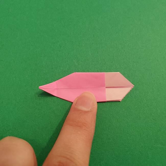 折り紙のアイスクリームコーン 立体的な折り方作り方2(28)
