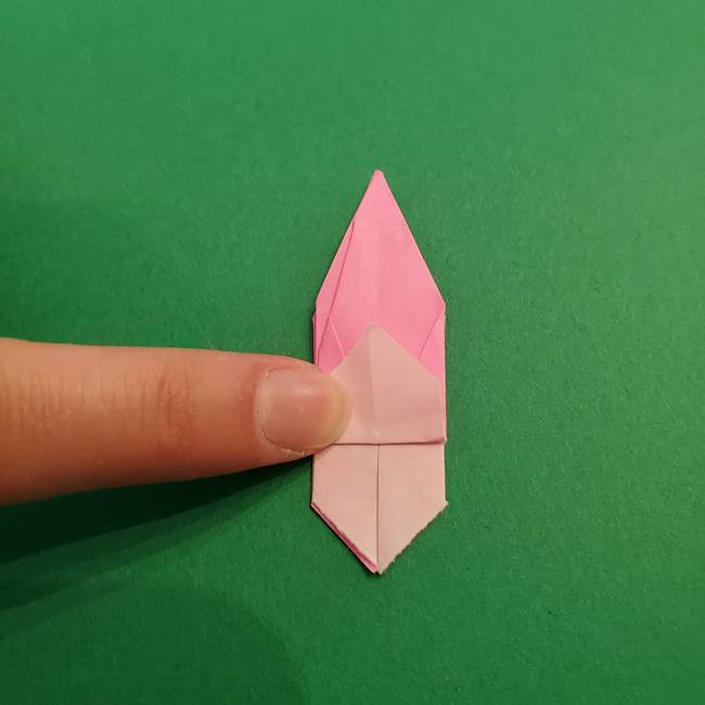 折り紙のアイスクリームコーン 立体的な折り方作り方2(32)