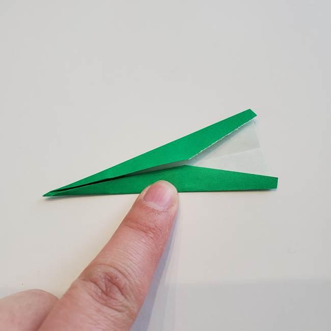 折り紙「カーネーションの葉っぱ」の折り方作り方①葉っぱ(10)