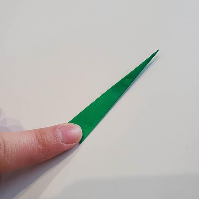 折り紙「カーネーションの葉っぱ」の折り方作り方①葉っぱ(14)