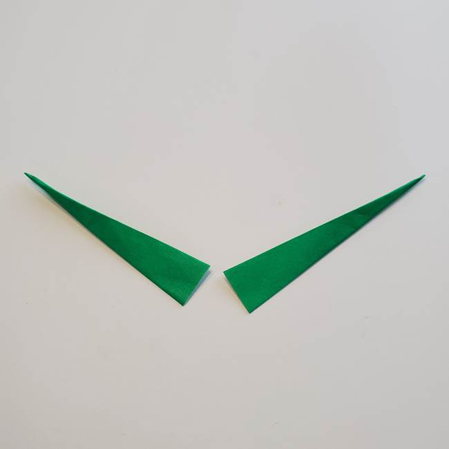 折り紙「カーネーションの葉っぱ」の折り方作り方①葉っぱ(15)