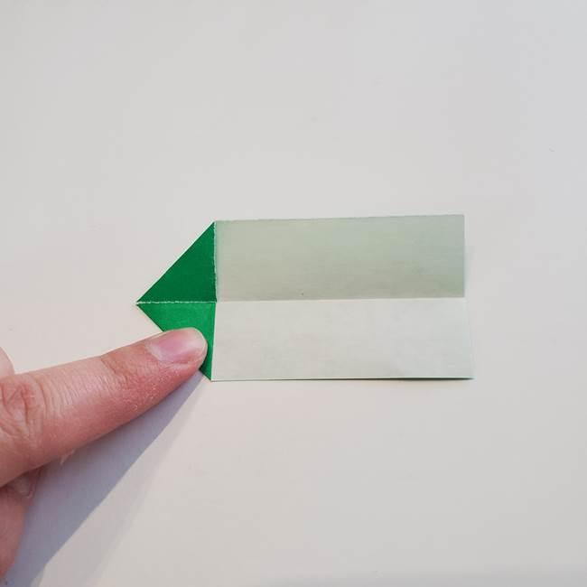 折り紙「カーネーションの葉っぱ」の折り方作り方①葉っぱ(8)