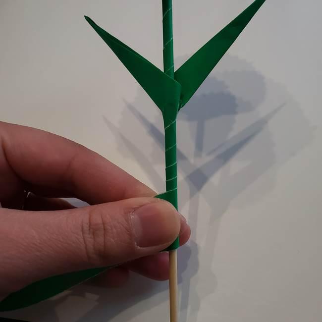 折り紙「カーネーションの葉っぱ」の折り方作り方②組み合わせ(12)