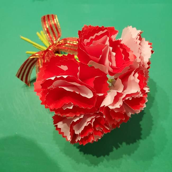 カーネーションの折り紙はリアルでおしゃれ!可愛いプレゼントにも最適
