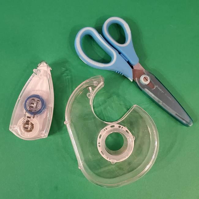 折り紙でカーネーションの葉っぱを作るのに必要な材料と道具(2)
