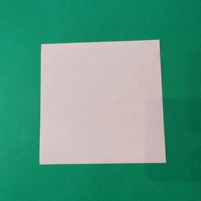 折り紙のキティーちゃんの折り方作り方 (1)