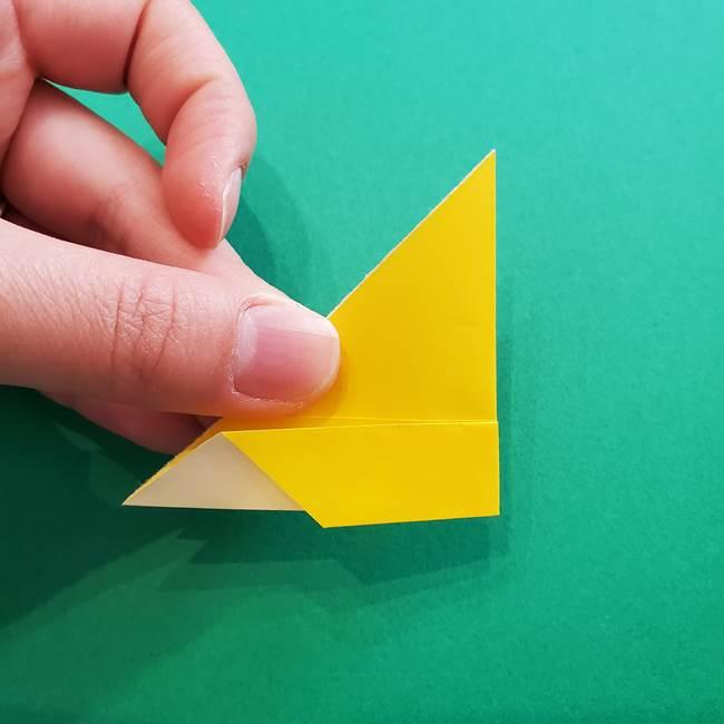 折り紙のダリア 16枚で立体的な折り方①上段(12)