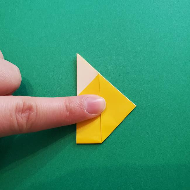折り紙のダリア 16枚で立体的な折り方①上段(14)