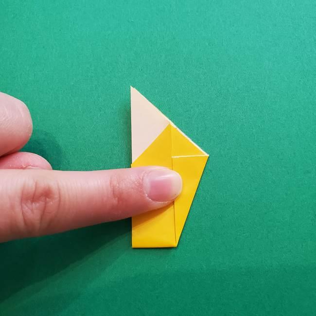 折り紙のダリア 16枚で立体的な折り方①上段(15)