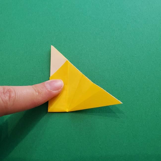 折り紙のダリア 16枚で立体的な折り方①上段(16)