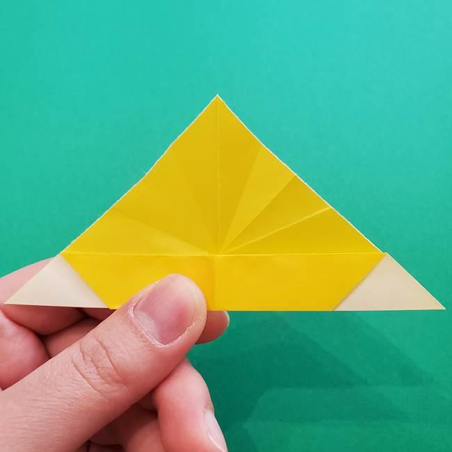 折り紙のダリア 16枚で立体的な折り方①上段(17)