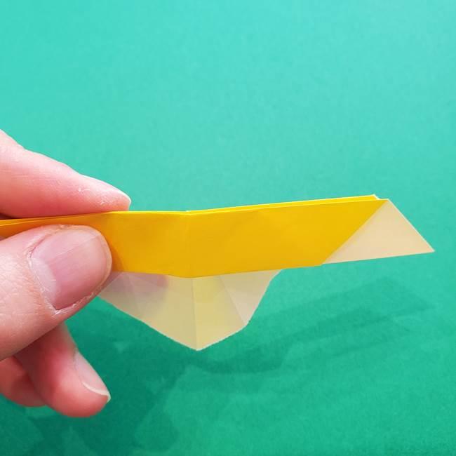 折り紙のダリア 16枚で立体的な折り方①上段(18)