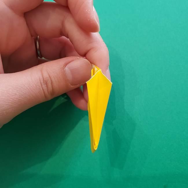 折り紙のダリア 16枚で立体的な折り方①上段(25)
