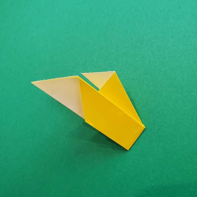 折り紙のダリア 16枚で立体的な折り方①上段(26)