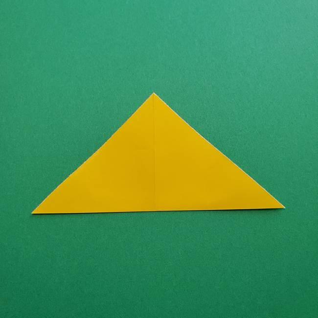 折り紙のダリア 16枚で立体的な折り方①上段(4)